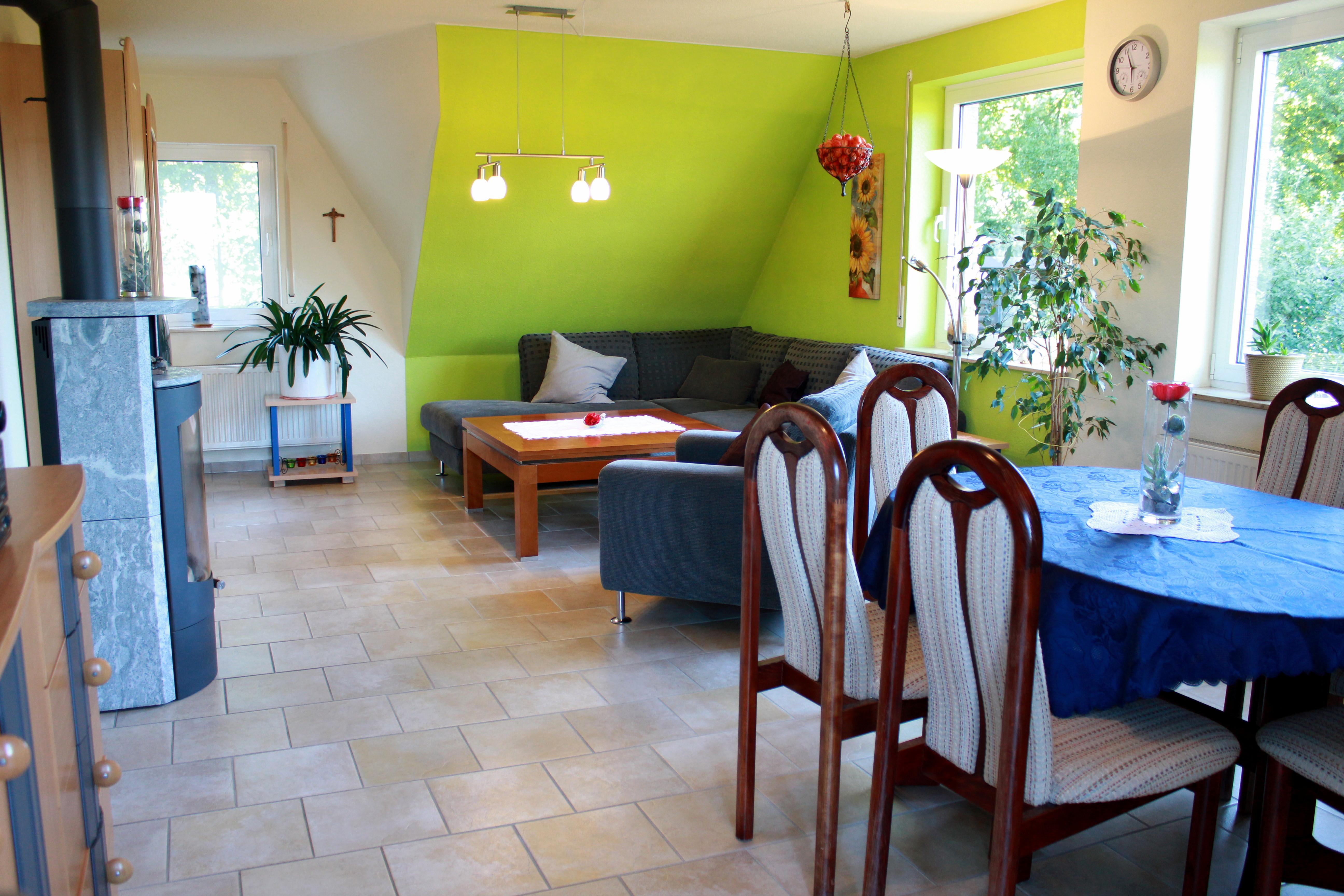Wohnzimmer | Sofa & Essecke